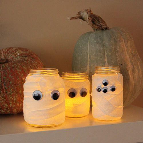 10 Minute Halloween Crafts: Mummy Jars & Monster Hands | A Little Yumminess