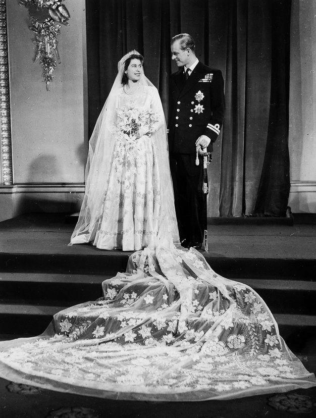 La robe brodée d'Elizabeth II mariage