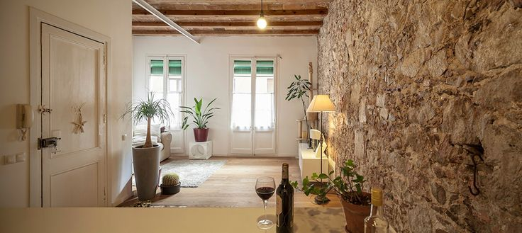 Современное оформление старой квартиры в Барселоне