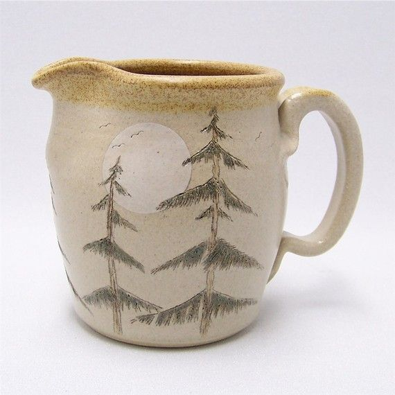 Pine Tree Pitcher: Ceramics Pitchers, Trees Pitchers, Clay Projects, Cabins Life, Lee Lee, Moon Pottery, Pine Trees, Pottery Pitchers, Lee Cabins