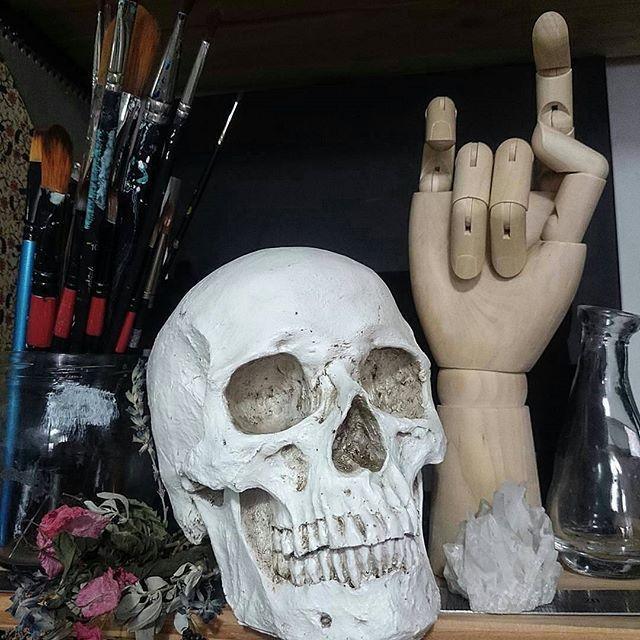 from @ilona_rei -  Happy weekend ppl   #art #studio #blackandwhite #sketchbook #painter #bohemian #freespirit #rocknroll  #gypsy #ilustration #draw #inspiration #fashionblogger #showmeyourworld #dotwork #mensfashion #painting #design #sketching #jewellery #handmade #artist #monochrom #linework #pen #oilpainting #blvck #art_spotlight #artwork #skull