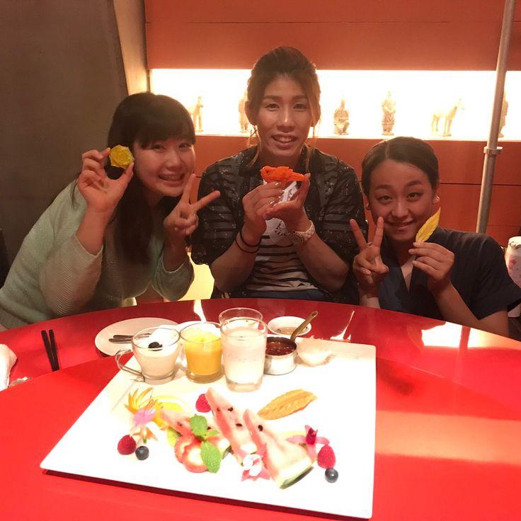 吉田沙保里さん(@saori___yoshida)のInstagramアカウント: 「今日は愛ちゃん&真央ちゃんとご飯 3人で色んなお話したなぁー 相変わらず愛ちゃんはずっと笑ってたなぁー そして真央ちゃんは北京ダックが大好きって事が分かりました アスリート仲間最高❤️…」