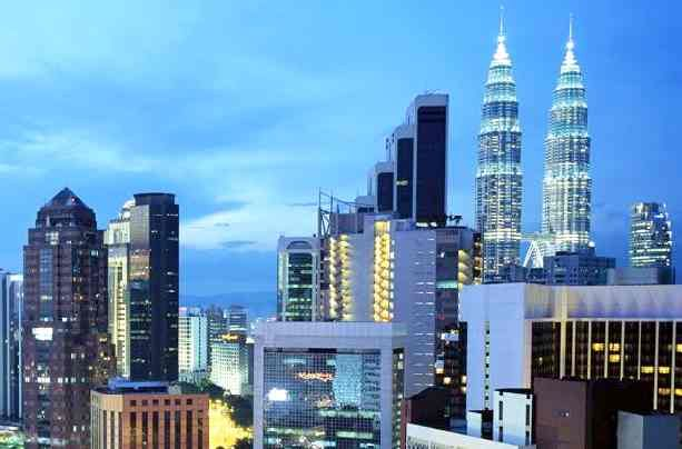 http://www.asian-tourist.blogspot.com/2012/08/spectacular-asian-city-of-kuala-lumpur.html