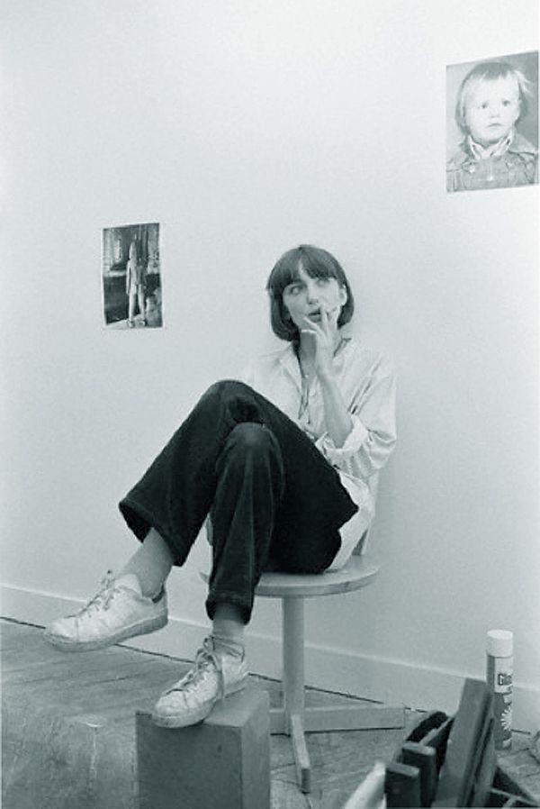 Film director Christine Pascal/adidas stan smiths1978