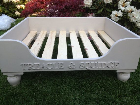 Luxury Raised Wooden Dog Bed Hand Made to Order door DoggyDayDreams, £150.00
