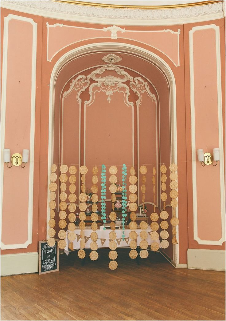Candybar Backdrop, zum Verbergen der Candybar und als Dekoratives Element. Von Anmut und Sinn. Foto: Lene Photography