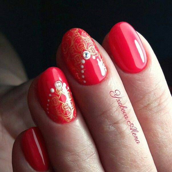 Маникюр. Натуральные ногти. Гель-лав. Красота. Стразы. Beautiful nails. Manicure. Stamping. Swarowski