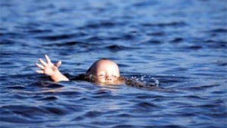 За сутки в трех областях Казахстана утонули четверо детей