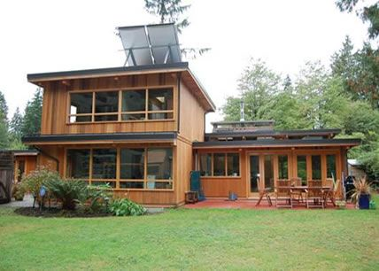 Winner of the City of North Vancouver Heritage/Sustainability Award   Colwood Drive, North Vancouver