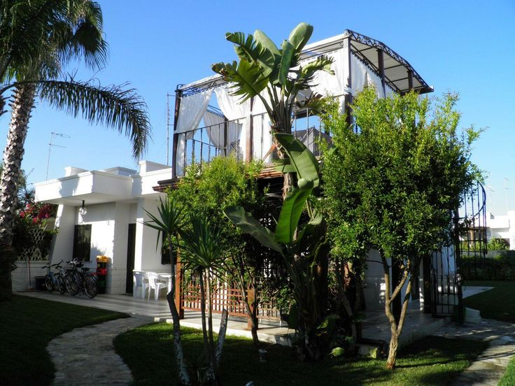 #ForSale - Villa, #Carovigno (Br).   Contact us http://www.modernapulianstyle.com/  #LiveYourDream Build your home in #Puglia