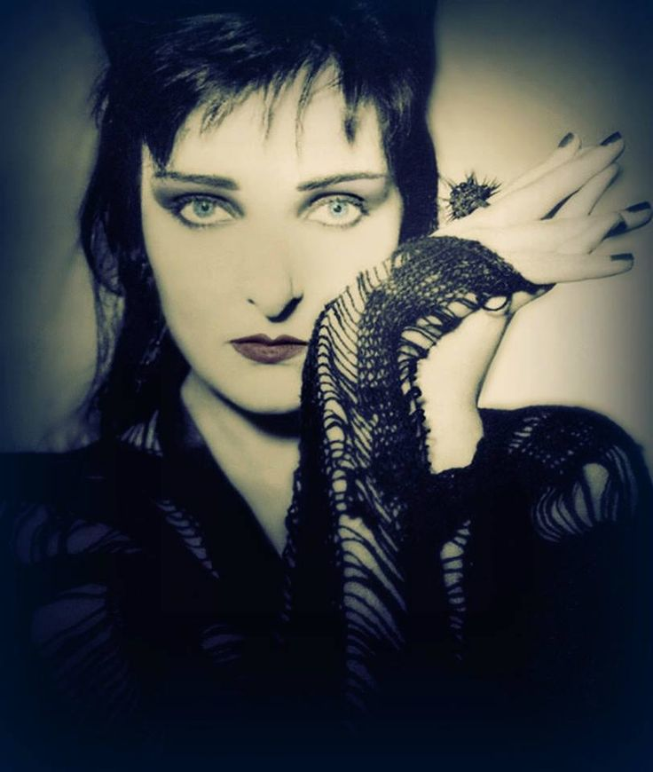 Siouxsie Sioux, 'The Rapture' era Yeah she was a queen..love her so.