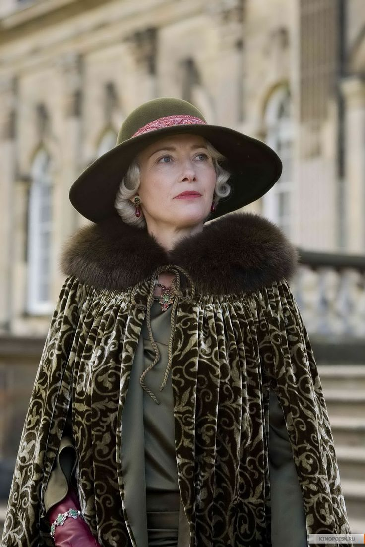 Lady Marchmain - Emma Thompson in Brideshead Revisited (2008).