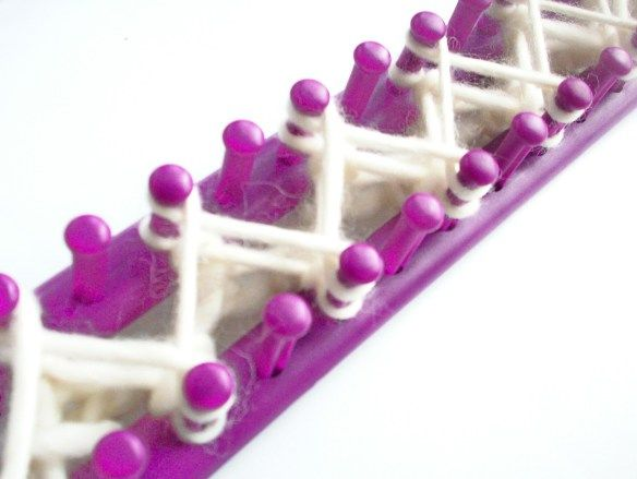 Free Knitting Loom Patterns For Beginners : Knitting board weave for throw blanket loom