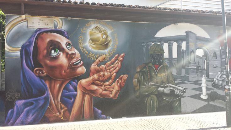 Murales a Milano in Corso di Porta Ticinese 1–6-2014.  #Milano #Murales #Graffiti #StreetArt #UrbanArt