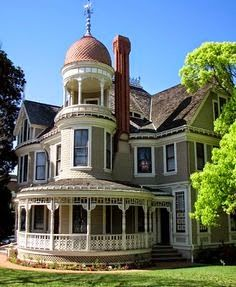 Bankers Hill, San Diego -  Historic Home Walking T...