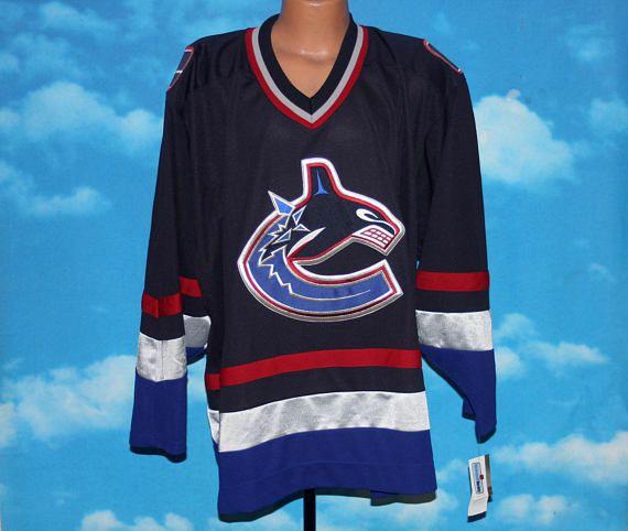 Vancouver Canucks CCM NHL Hockey Jersey XL Vintage by nodemo