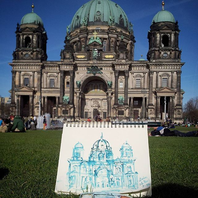 Bigger one #berlincathedral #berlin #europe #germany #town #city #urbansketch #backpacking #drawing #travelanddraw #travel #cathedral #sketch #diariografico #draw #watercolor #a4 #sketchbook