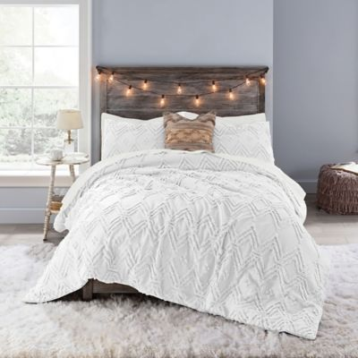 Anthology Chevron Tufted Full Comforter Set In White