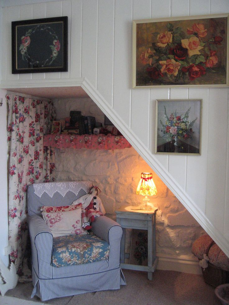 I Would Never Be Sad If Had This Little Nook To Hide Out In Cosy Living RoomsLiving Room CornersCorner