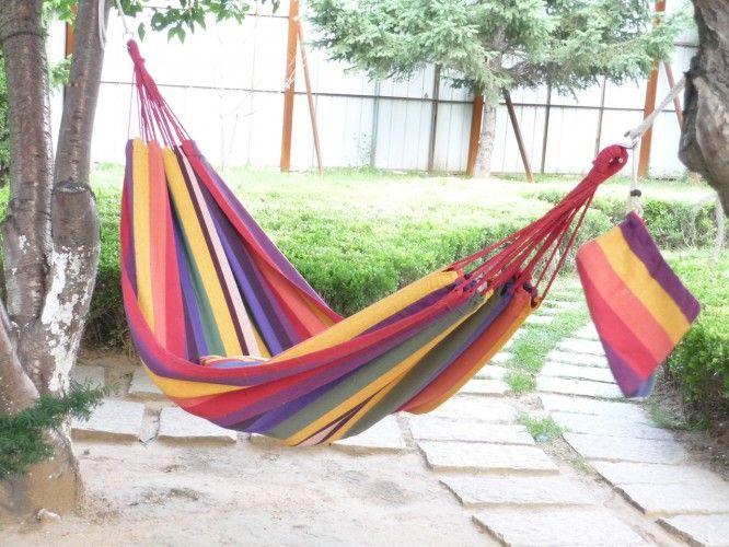 Letní měsíce plné sluníčka nás doslova vybízí k tomu, abychom trávili volný čas v přírodě. Jestliže cíleně vyhledáváte relaxaci ve stinném zákoutí zahrady,...