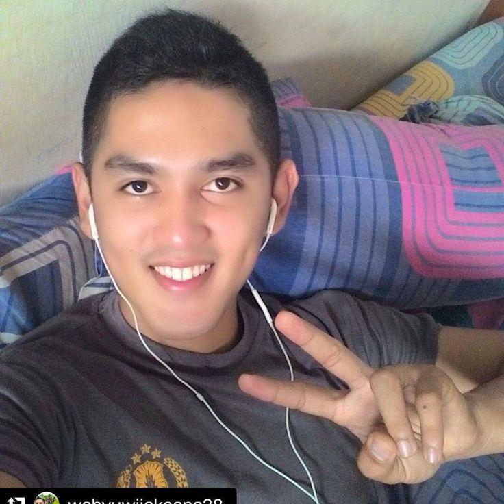 """#Repost @wahyuwijaksana38  #polisi #tentara #ganteng #cantik #indonesia #awesome #handsome #sexy #style"""