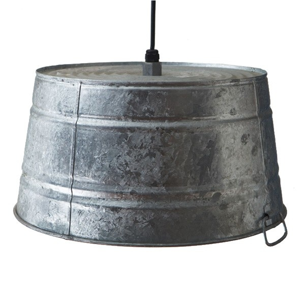 Cool rustic light that could easily be DIY