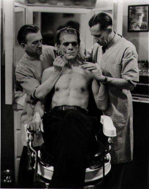 Boris Karloff getting his 'stein on.