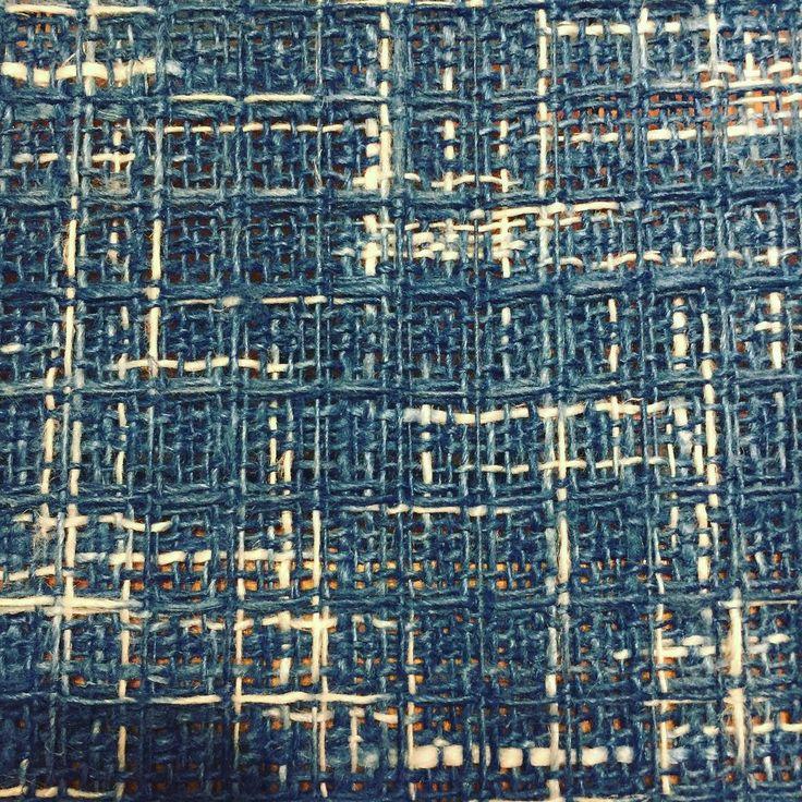 Waffling. #vävning #weaving #handwoven #indigo #naturaldyeing #växtfärgning #reservage #ikat