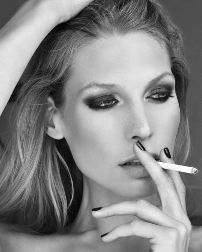 Sarah Brandner, german model, perfect face, perfect hair, black and white, editorial. #model #editorial #newface #FORDmodels #womenmanagement #newyork