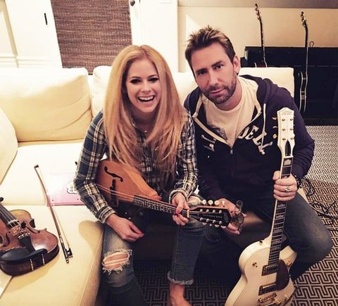 Avril Lavigne, Chad Kroeger Reignite Romance Rumors With a Sweet Instagram