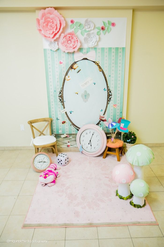 Alice in Wonderland photo booth from a