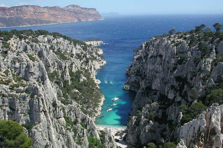 La Calanque d'En-Vau à Marseille (Bouches-du-Rhône) : Les 20 plus belles plages de France - Linternaute