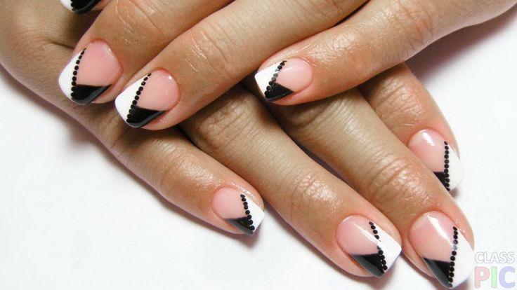 Короткие ногти с оригинальным рисунком