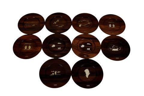 A set of 10 Danish mid century rosewood wall platters, Robert Dalgas Lassen, Sterling
