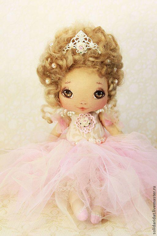 Bailarina con tiara
