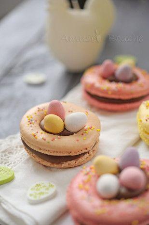 Macarons Pâques - Easter ❤️✼❤️✼ http://www.750g.com/recettes_cuisine_de_paques.htm #paques #750g #easter