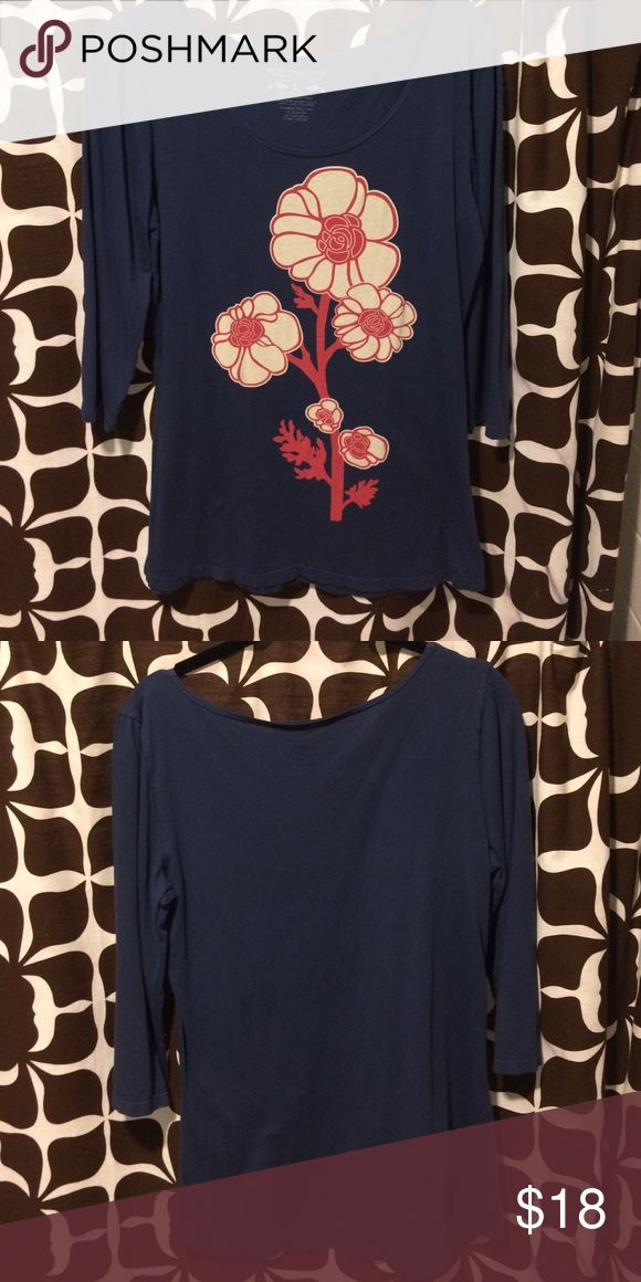 3/4 Sleeve Navy Tee Shirt Good condition worn only a couple of times. Blue Platypus Tops Tees - Long Sleeve