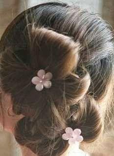 Cara Mengikat Rambut Ala Korea Seperti 2 Bunga Cantik
