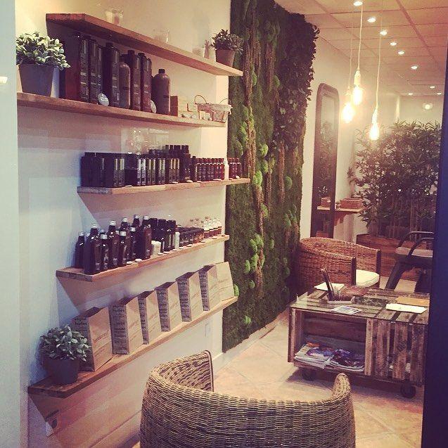 inside salon concept v g talement provence chateaurenard mur v g tal bonneadresse. Black Bedroom Furniture Sets. Home Design Ideas