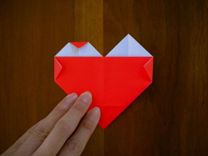 how to make a paper heart chain