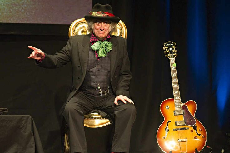 Noddy Holder, who will be given the freedom of Walsall