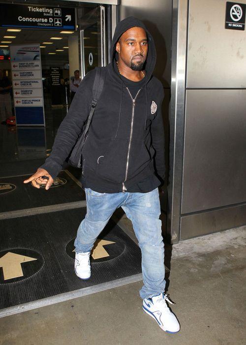 """best website 0aa30 75f32 ... Kanye West wearing Nike Air Flight 89 """"True Blue"""" ..."""