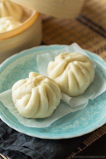 Nikuman (Steamed Pork Buns)   Easy Japanese Recipes at JustOneCookbook.com