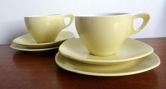 A Pair of Vintage Midwinter Modern Yellow Break Resistant Cup
