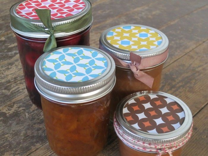 Good things come in jars!  Great blog about making Apple Butter!