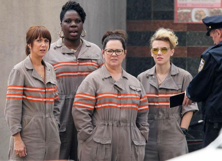 Here's Your First Image of the Reboot's Female Ghostbusters