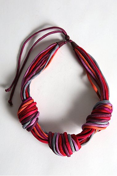 Super cute jersey necklace...make this out of old tee shirts!