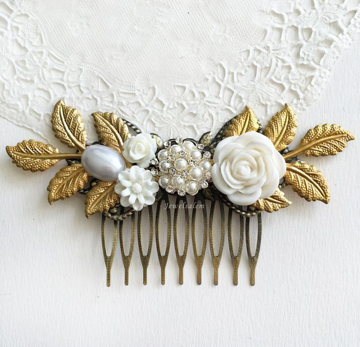 Vintage Wedding Hair Slide Pearl White Flower Gold Leaf Bridal Comb Elegant Chic Romantic #WeddingHair