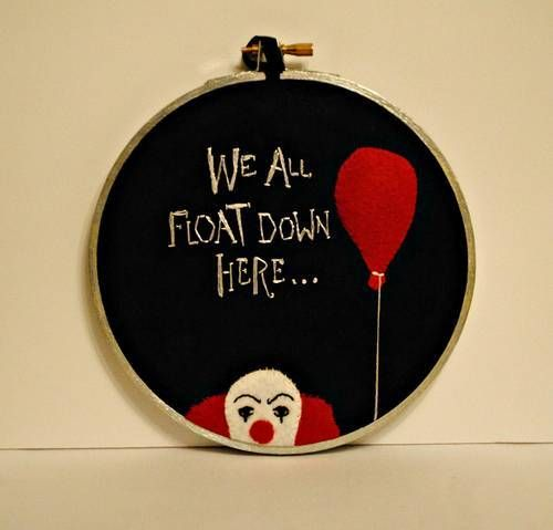 Pennywise hoopla! Its scary and crafty... BONUS!!