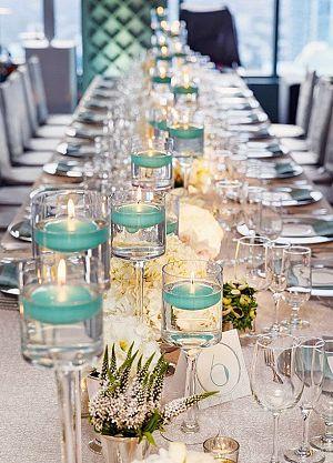Uno de los retos más grandes en la organización de tu boda es mantener todos los detalles en orden. Para que no se te pasen los centros de mesa, te presentamos centros de mesa protagonizados por velas flotantes acompañadas de mucho estilo. Agrégale un toque de tu personalidad, acompañando estas velas con flores. Si el …